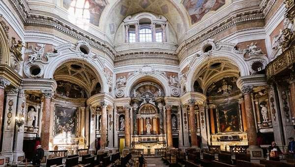 iglesia san lorenzo turin