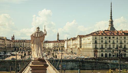 donde dormir Turín - Piazza Vittorio